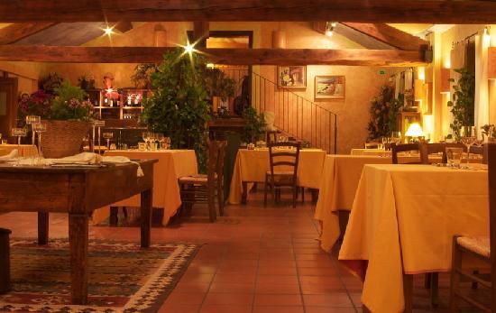 Montu' Beccaria, Italie : La sala delle botti
