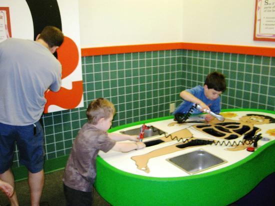 EdVenture Children's Museum : a giant operation