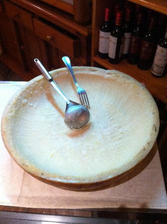 La Capannina: The Infamous Hollowed Out Cheese Wheel