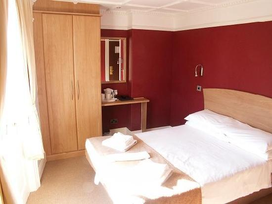 The George Hotel: Double En-suite Room