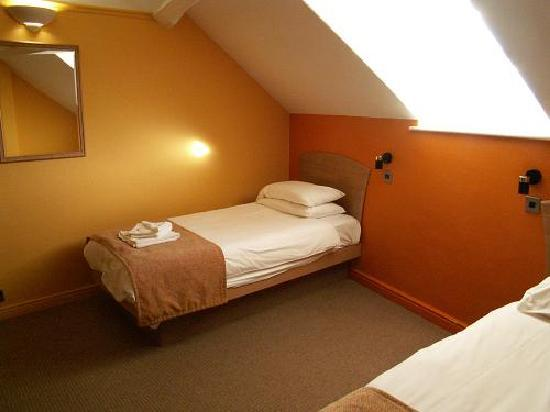 The George Hotel: Twin Non-Ensuite Room
