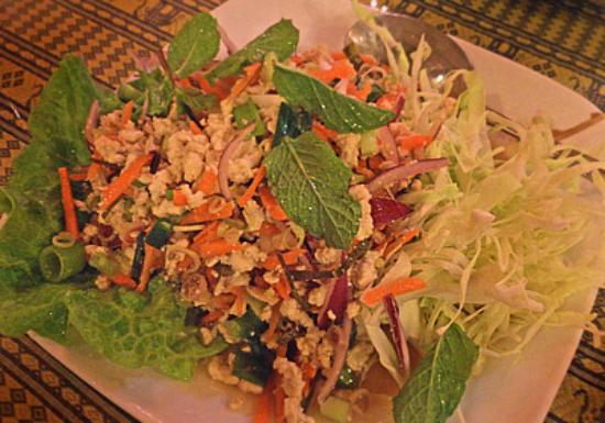 New Chiang Mai Thai Cuisine: Spicy Chicken Salad