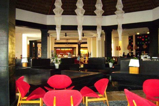Ocean Coral & Turquesa: Lobby