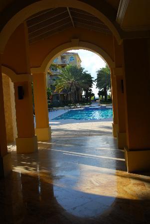 The Tuscany: pool