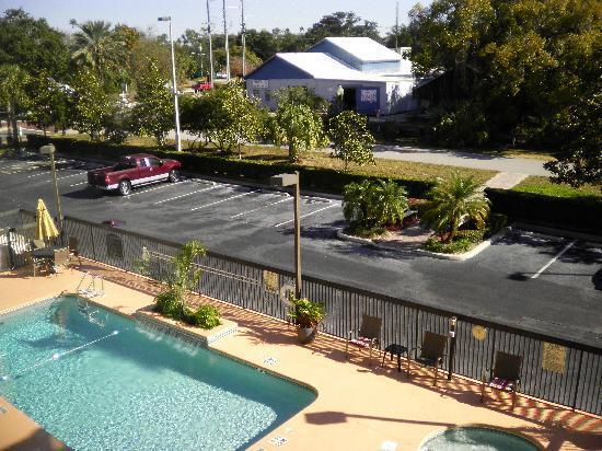 Hotel pool, bike trail and bike hire