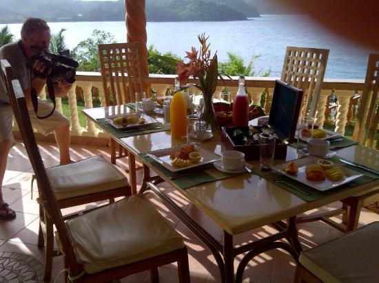 Bay View Villa: Breakfast was worth a photo