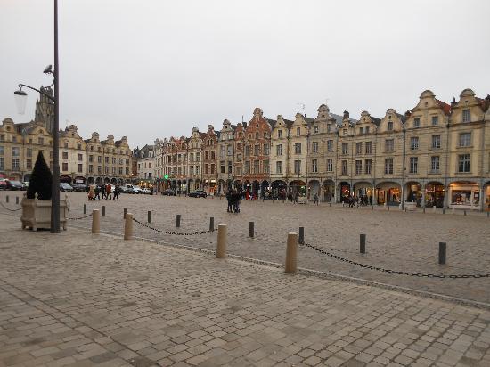 Holiday Inn Express Arras: Grand Place