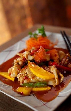 Fusion Fire: Tropical Mango Chicken