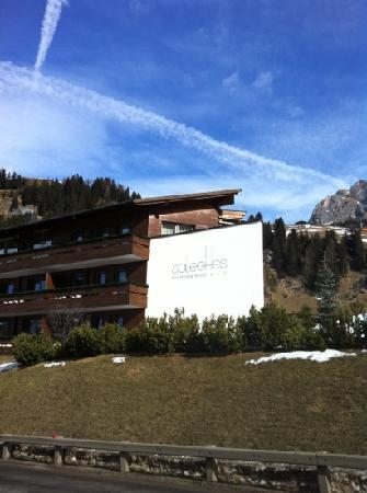 Saleghes Mountain Residence : Saleghes