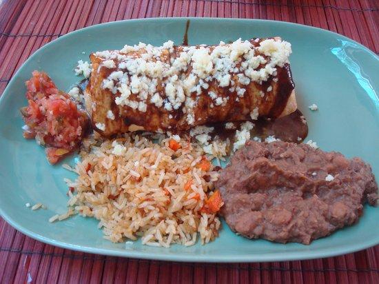 Mike's Tex Mex Restaurant: Beef Chimichanga 240 THB