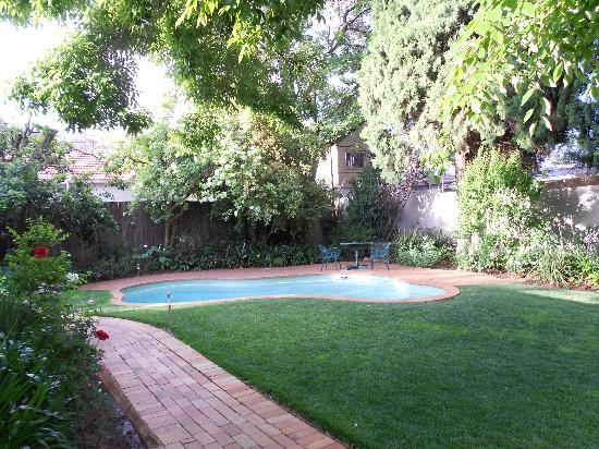 Rosebank Lodge Guest House: pool