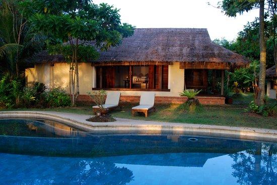 Koyao Bay Pavilions : Beach Suite & Pool