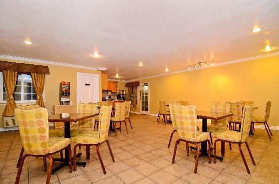 Chula Vista Inn: Breakfast Area