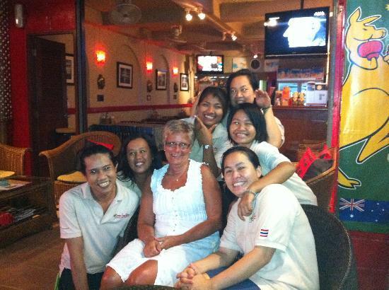 Karon Sunshine Guesthouse, Bar & Restaurant: Thanks a lot everybody