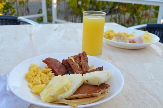 Islazul Mar del Sur Aparthotel: завтрак, оладьи просто супер