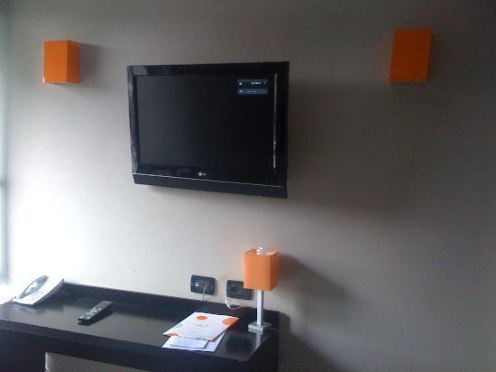 Hotel Aniene: TV