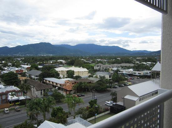 Rydges Esplanade Resort Cairns: View from Balcony