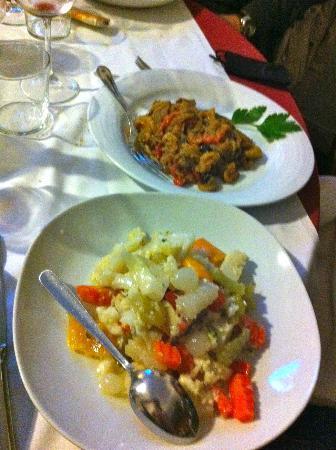 Da Bruno: l'insalata di rinforzo ed i peperoni gratinati