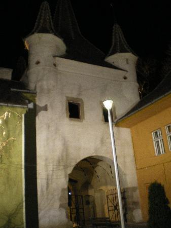 Yekaterina's Gate : Puerta Ecaterina-detras