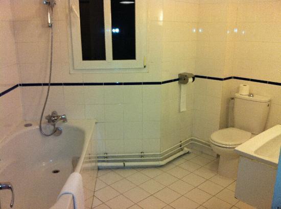 Hôtel Odessa Montparnasse : お気に入りのバスルームです!