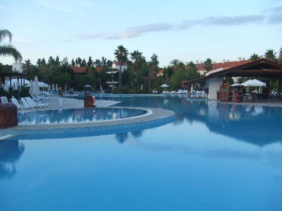 PortAventura Caribe Aquatic Park: the pool at El Paso!!