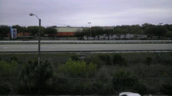America's Best Inns Altamonte Springs/Orlando: My veiw