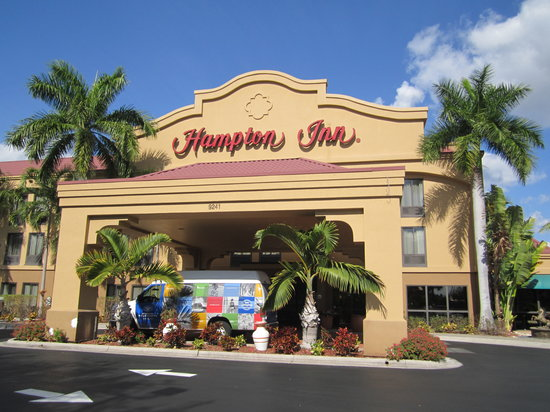 Hampton Inn Ft. Myers - Airport I-75: Welcome.