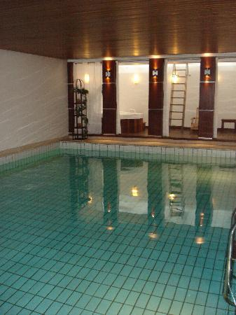 TOP CityLine Hotel Eggers Hamburg: Pool