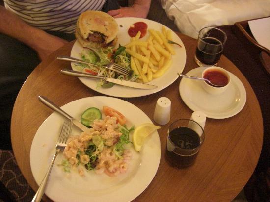 DoubleTree by Hilton Hotel Sheffield Park: Room Service