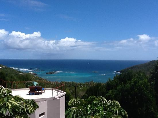 Spring House Bequia: The view over Spring Bay