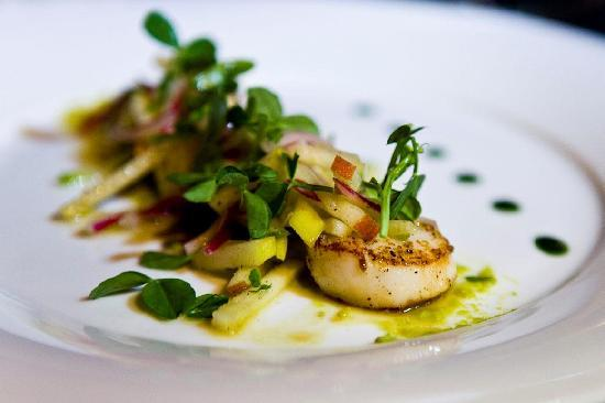 Proud Cabaret Camden: Pan Fried Scallops on Pea Puree with Apple and Radicchio Salad - starter