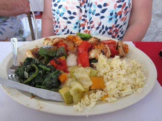 La Tortuga: Grilled Shrimp with vegetables and rice
