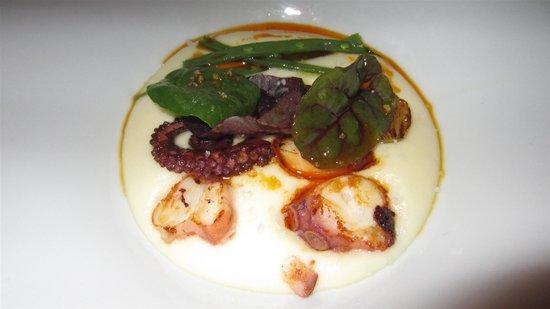 Riff: Smoked potato mash with squid