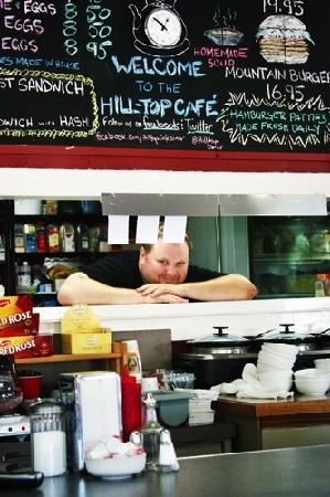 Hilltop Diner Cafe: Chef Kris