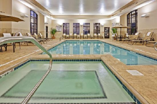 Staybridge Suites Indianapolis - Carmel: Indoor Pool