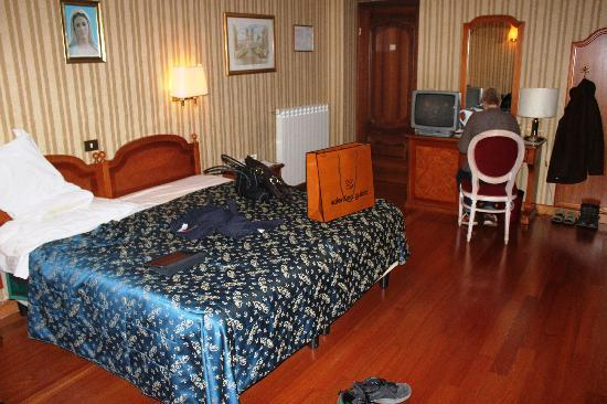 Hotel Sistina: 3 bed room - 3rd floor
