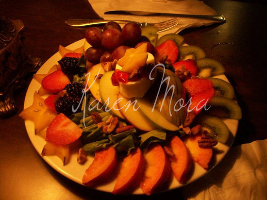 1ER PISO: primer piso ensalada de frutas2
