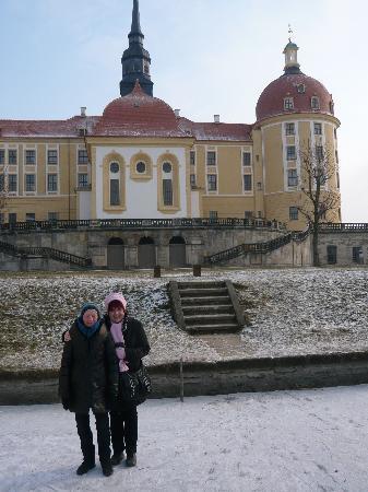 Hotel Eisenberger Hof: Vor Schloß Moritzburg