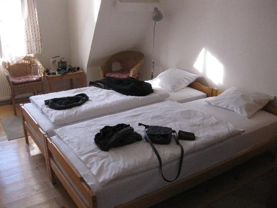 Hotel Merlin: room