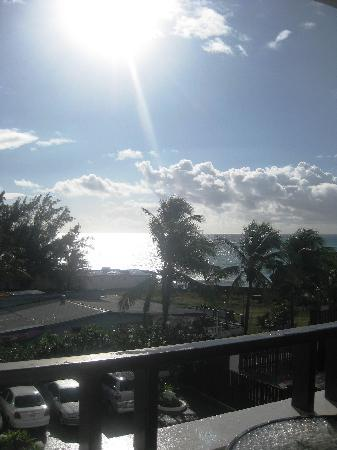 Silver Point Hotel: The view from our lanai.
