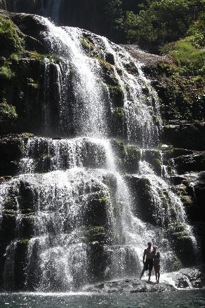 Bella Vista Lodge: Do the waterfall hike with horseback ride