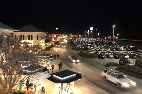 Gaffney Outlet Marketplace: Midnight Madness at Gaffney Premium Outlets