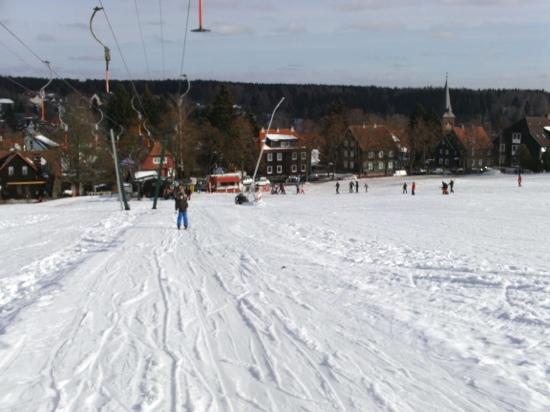 Hotel Harzidyll : rathaus skilift