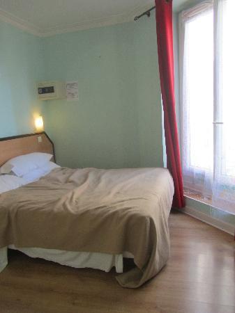 Hotel Audran: bedroom