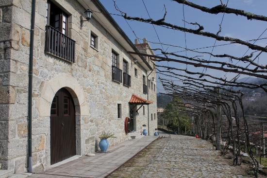 Quinta De Pais - Turismo Rural: Fachada edificio principal