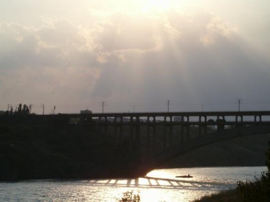arched bridge to the Khortitsa Island