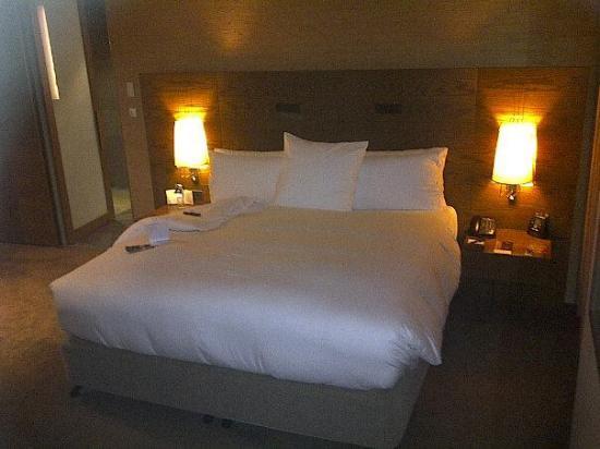 Hilton Melbourne South Wharf: The very comfy bed