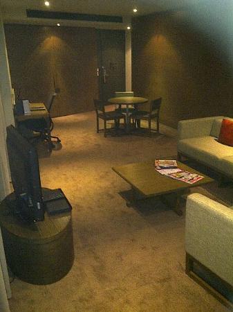 Hilton Melbourne South Wharf: The lounge area