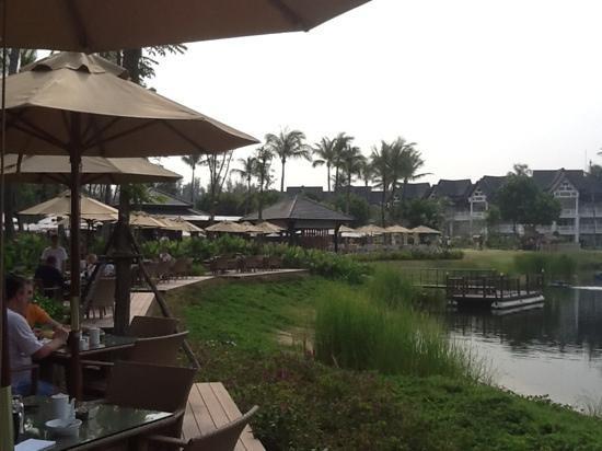 Angsana Laguna Phuket: Breakfast on the lagoon
