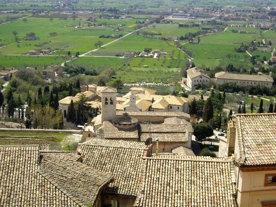 Hotel San Rufino: View from Assisi